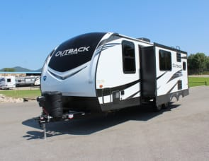 Keystone RV Outback Ultra Lite 221UMD