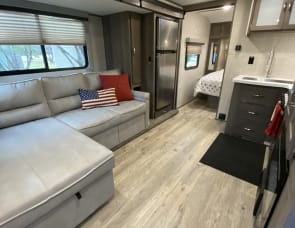 Gulf Stream RV Envision 220RB