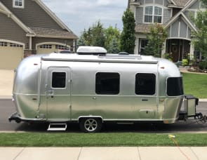 Airstream RV Caravel 22FB