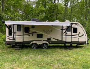 CrossRoads RV Sunset Trail Super Lite ST260RL