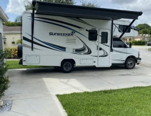 Forest River RV Sunseeker LE 2250SLE Chevy