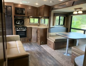 Outdoors RV Timber Ridge 24RKS
