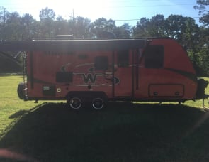 Winnebago Industries Towables Micro Minnie 2108DS
