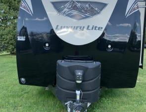 Prime Time RV LaCrosse 330RST
