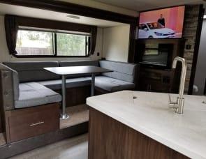 RV Rental Redding, CA, Motorhome & Camper Rentals in CA