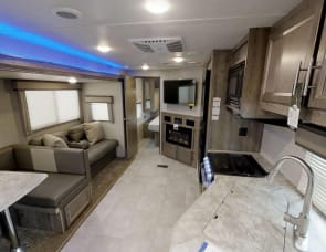 Forest River RV Berkshire XLT 37A