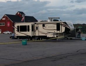 Heartland Bighorn 3890SS