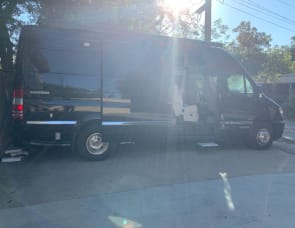 Airstream RV Interstate Lounge Extended