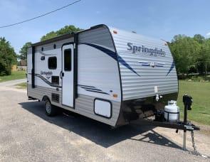 Keystone Springdale Summerland 1800BH