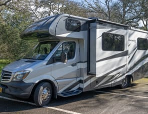 Forest River RV Sunseeker MBS 2400R
