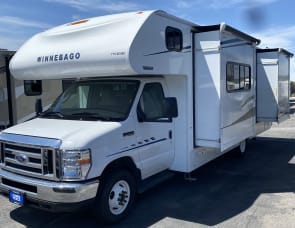 Winnebago Outlook 27D