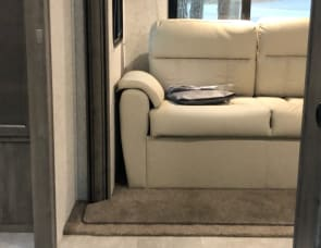 Coachmen  Apex 265