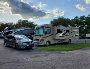 Coachmen RV Pursuit 33 BH