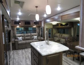 Highland Ridge RV Open Range Light LF293RLS
