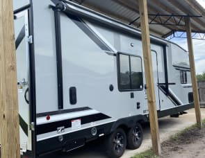 Forest River RV Cherokee Wolf Pack 24PACK14+