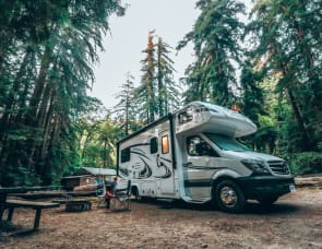Forest River RV Sunseeker MBS 2400S