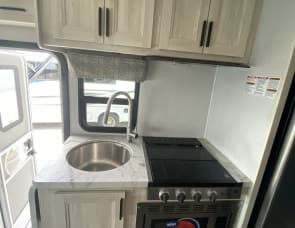 Forest River RV Forester 2250SLE Ford