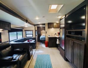 Forest River RV Silverstar BH2802