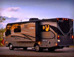 Fleetwood RV Storm 28MS