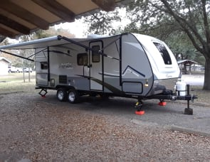 Bob's 2019 Coachmen Apex Nano 208bhs Dripping Springs / Austin