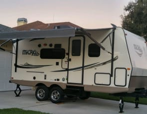 Forest River RV Flagstaff Micro Lite 21DS
