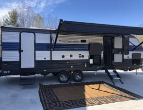 Forest River RV Cherokee Grey Wolf 27DBH