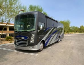 Thor Motor Coach Miramar 35.2