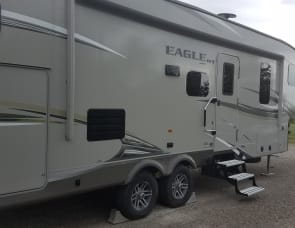 35 ft Jayco Eagle HT