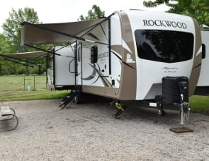 Forest River RV Rockwood Signature Ultra Lite 8332BS