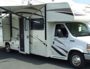 Coachmen Freelander 31BH Bunk Model
