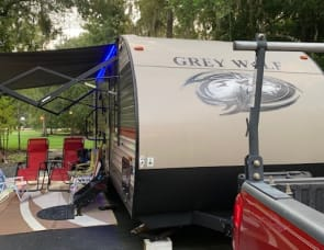 All Inclusive Cherokee Grey Wolf Bunkhouse 23DBH (2) - We fit in tent/pop up sites at Disney