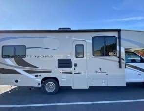 Coachmen RV Leprechaun 270QB Chevy 4500