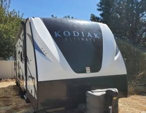 28' Kodiak ultimate, solar powered