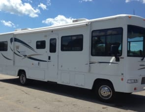 Winnebago Vista 36D
