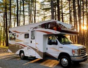 Winnebago Access 24V