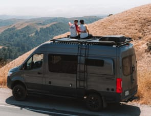 Mercedes Benz Sprinter Storyteller Overland Mode 4x4 Stealth
