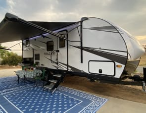 Forest River RV Tracer 24DBS-1