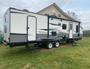 Starcraft Launch Outfitter 27BHU