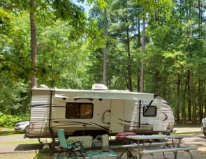 Forest River RV Wildwood X-Lite 241QBXL