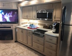 Forest River RV Berkshire 38A