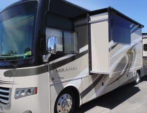 Thor Motor Coach Miramar 34.4