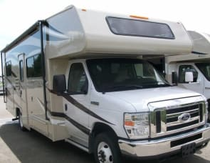 Coachmen RV Leprechaun 230CB Ford 350