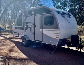 Winnebago Industries Towables Winnie Drop 1710