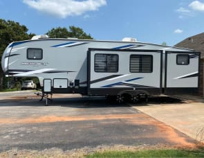Forest River RV Cherokee Arctic Wolf 321BH