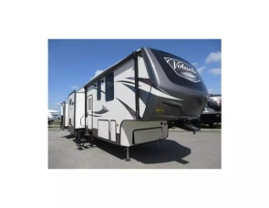 Crossroads Volante 360LF Two Bedrooms/ Two Bathrooms/ Outdoor Kitc