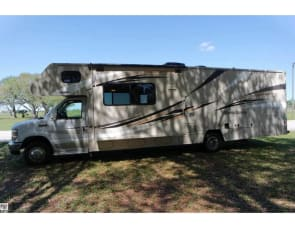 Winnebago Catalina Premier Series 331H (Bunkhouse)