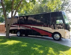 Winnebago Sunstar LX 35F