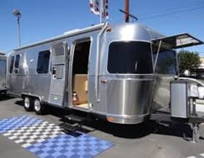 Airstream RV Flying Cloud 28RB Twin