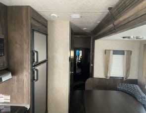 Forest River RV Vibe Extreme Lite 306BHS