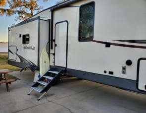 Forest River RV Heritage Glen LTZ 370BL